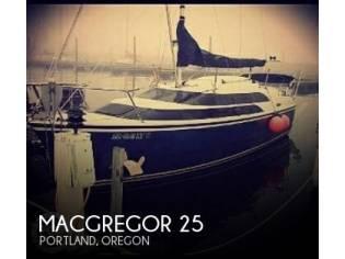 MacGregor 26M