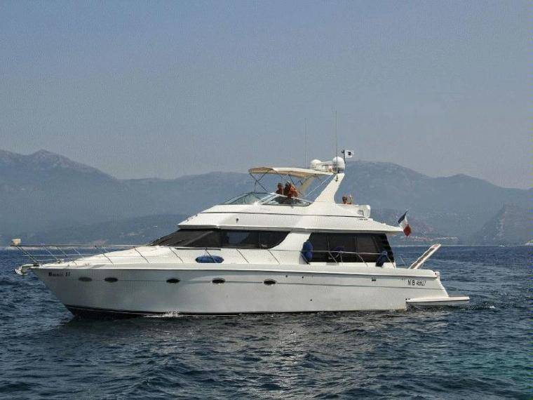 530 Voyager Pilothouse