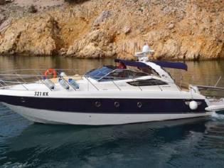 Cranchi Mediterranee 43 Motor Yacht