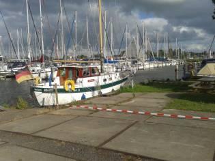 Holland Boat Company Dartsailer 30