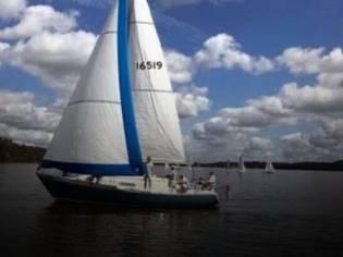 C & C Yachts MKI 35
