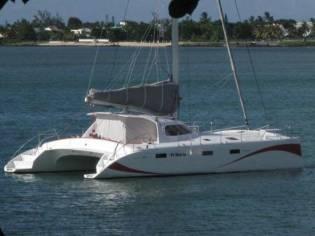 Catamaran VIK 124