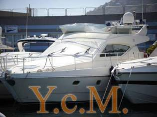 Ferretti Yachts 43