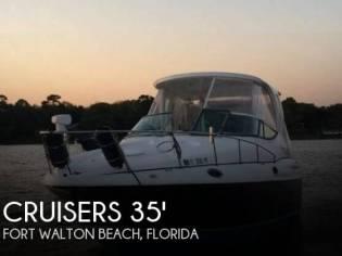 Cruisers Yachts 3075 Express