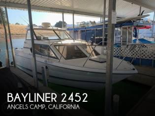 Bayliner 2452 Classic