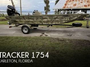 Tracker 1754SC Grizzly