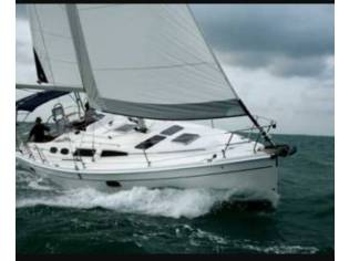 Hunter Marine 36
