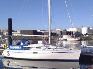 Beneteau Oceanis 300