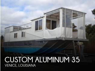 Custom 35 Diesel Houseboat
