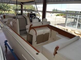 Invictus Yacht 280 SX