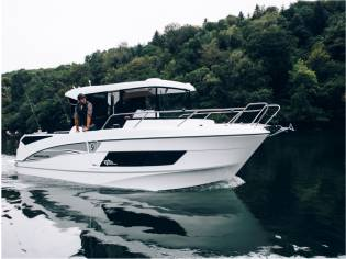 Beneteau Barracuda 9 Barco de Pesca