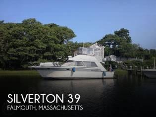 Silverton 40 Convertible