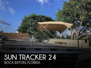 Sun Tracker Party Barge 25