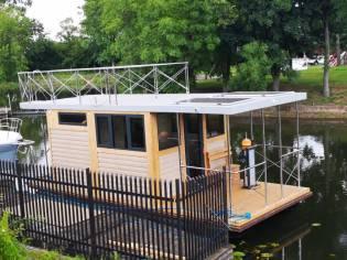Campi 280 Houseboat