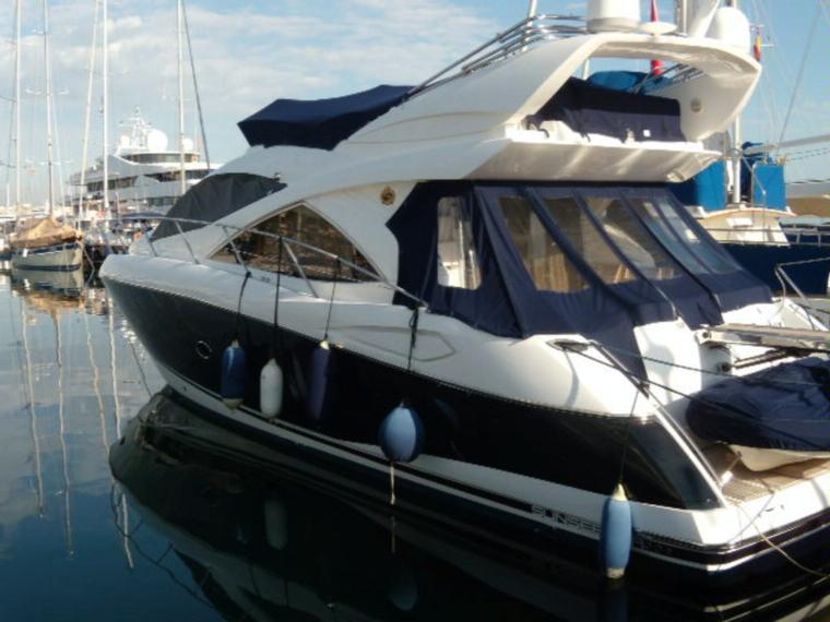 Sunseeker manhattan 50 nuevo en venta 91025 barcos for Barcos sunseeker nuevos