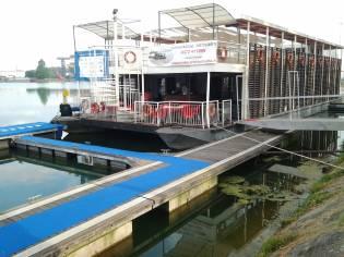 ristorante galleggiante