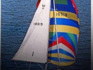 Ericson Yachts 32-2