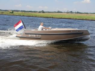 Van Vossen 600 Sport Tender