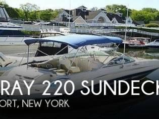Sea Ray 220 Sundeck