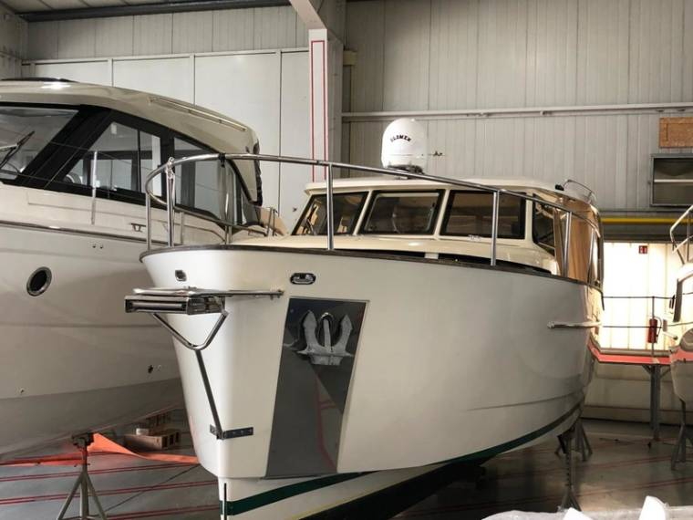 33 Hybrid Ready Motorboot