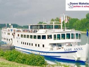 Hotel / Passenger ship 100 passengers