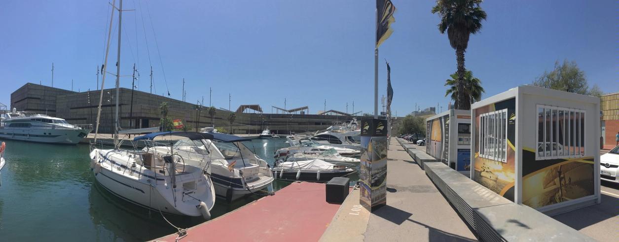 Yachts Bank Foto 2