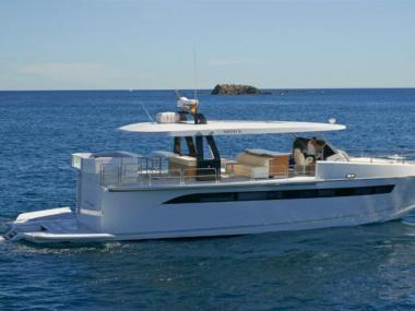 yachts-invest-prestige-yachts-investment-23705080150570675052506670484569.jpg Fotos 5