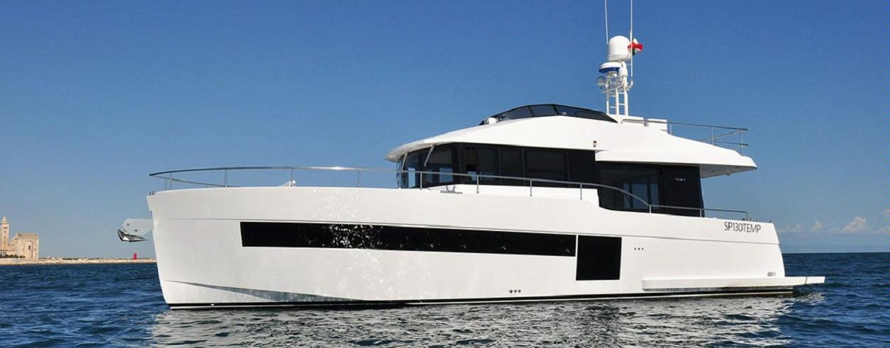 Helike Yachts Foto 1