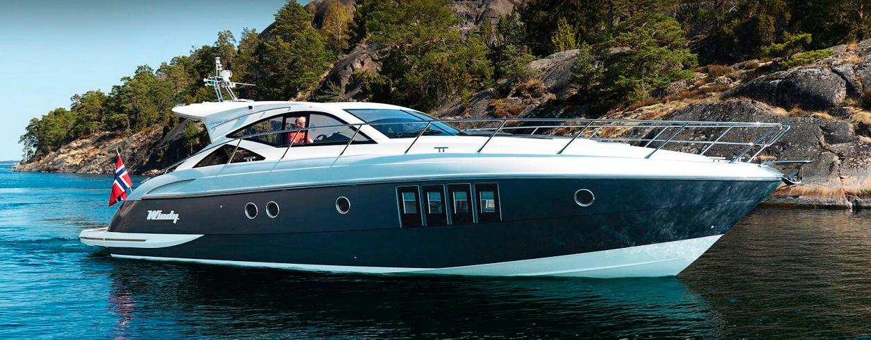 Lux Yachts Foto  1