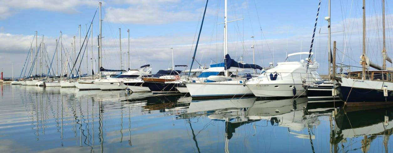 BROKERS YACHTS Foto 1