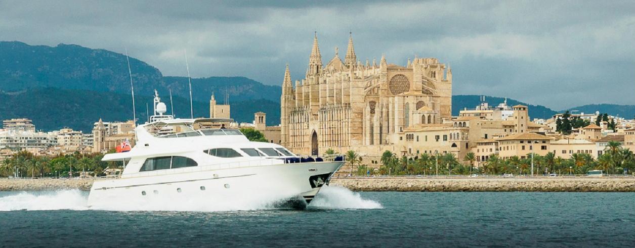 Maritimo Yachts Foto 1