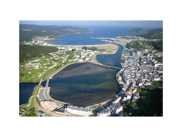 Marina viveiro puerto de viveiro puertos deportivos en - Fotos de viveiro lugo ...