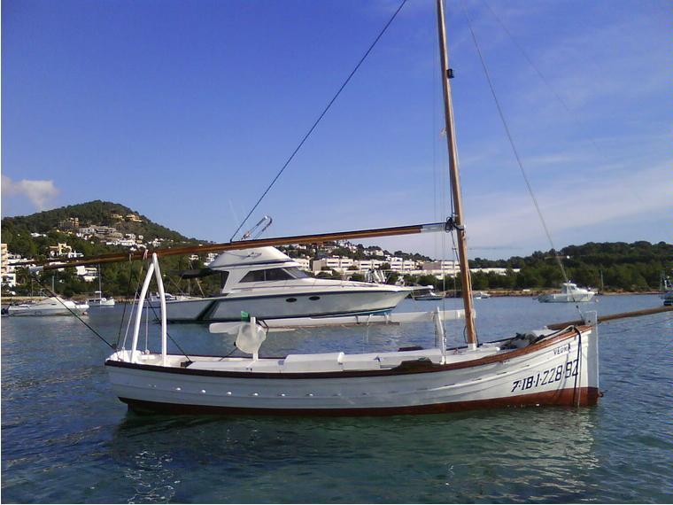 Barco de madera artesanal de segunda mano 55687 cosas de for Madera para tejados de segunda mano