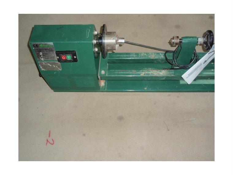 Torno electrico madera tm300 proinsa de segunda mano 84850 for Casetas para herramientas segunda mano