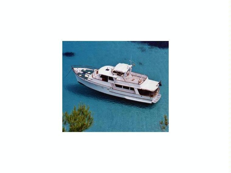 Alquilar hallmark 39 ocean alexander 39 barcos a motor 55516 - Hallmark espana ...