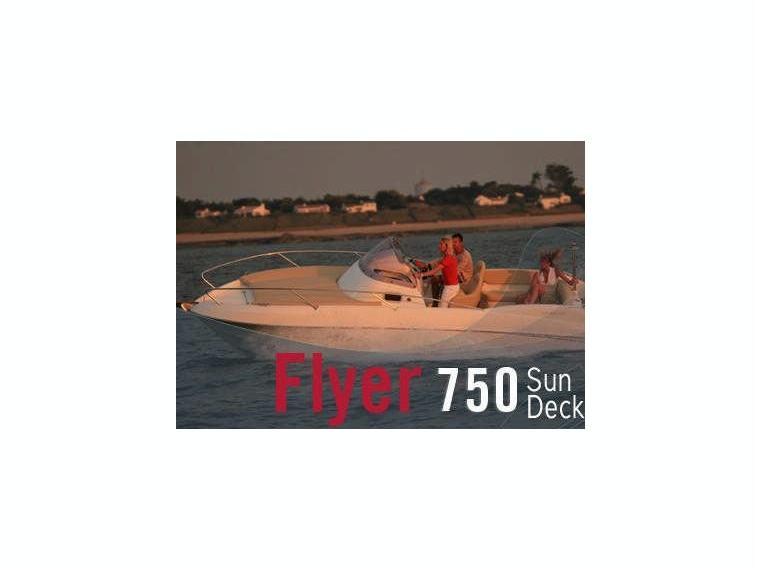Beneteau Flyer 750 Sun Deck Motora - Abi