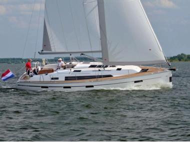 Bavaria Cruiser 41 Vela monocasco