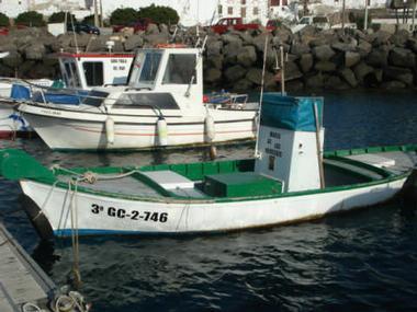 ARTES MENORES | Foto 1 | Barcos a motor