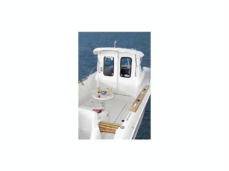 Quicksilver 640 pilothouse en marina coru a barcos a for Cosas de segunda mano en coruna