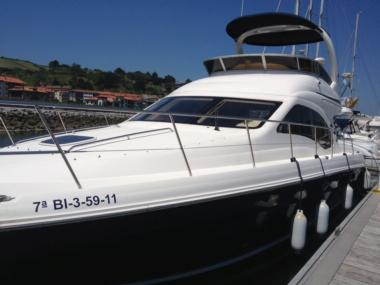 SEA RAY 455 SEDAN BRIDGE