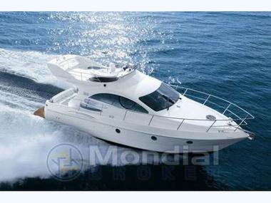 azimut 39 in rest der welt motorboote preisg nstig 52010. Black Bedroom Furniture Sets. Home Design Ideas
