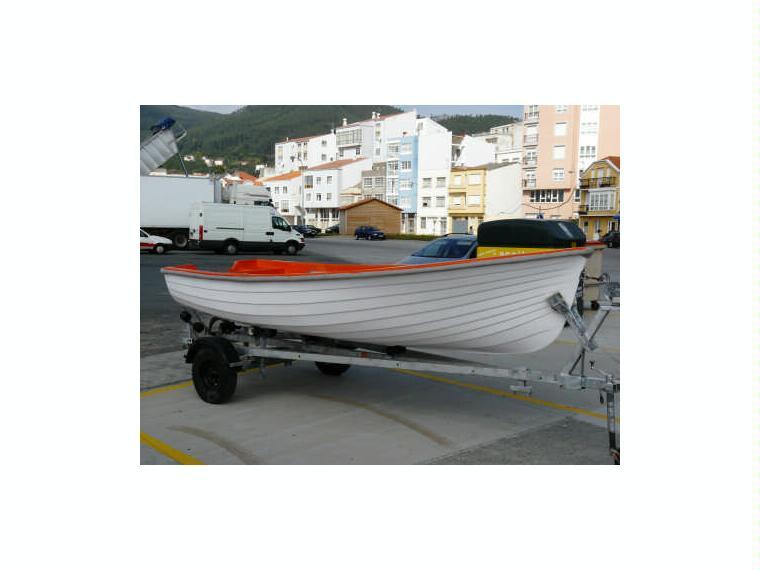 Bote epe 4 39 ocasi n 39 en a coru a barcos a motor de for Cosas de segunda mano en coruna