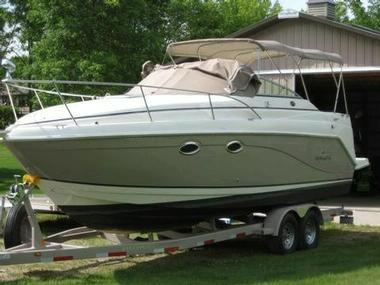 2006 Rinker 270 Vee Fiesta Power boats