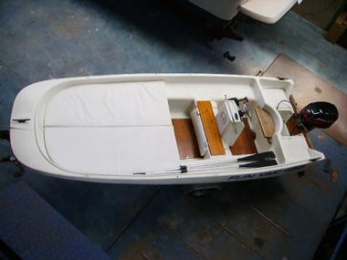 fun yak 450 in lombardei motorboote preisg nstig 76170. Black Bedroom Furniture Sets. Home Design Ideas