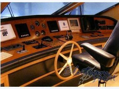 Versil Falcon 85 | Fotos 5 | Barcos a motor